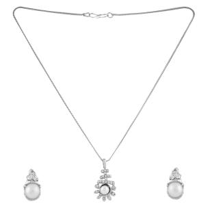 Satyamani  Austrian Crystal Studded Sun Shape  Designer Jewelry Set With Earring